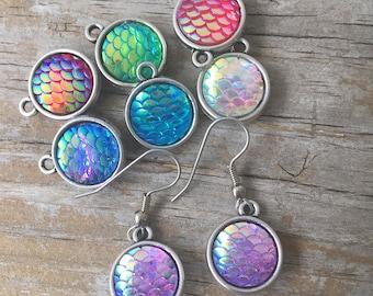 Mermaid Scale Earrings/ Mermaid Earrings/ Fish Scale Earrings/ Mermaid Jewelry/ Mermaid Scales/ Mermaid Dangle Earrings/ Iridescent Mermaid