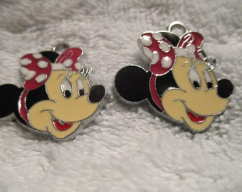 Set 0f 2 Minnie Mouse Charms
