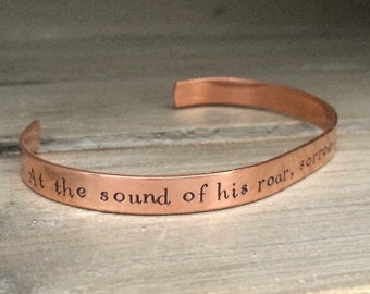 Narnia / At the Sound of His Roar, Sorrow Will Be No More / CS Lewis / Literary Gift / Christian Bracelet / Bookish Gift / Book Nerd Gift