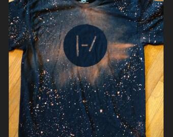 Twenty one pilots shirt, TØP shirt, BlurryFace, vessel, Tyler Joseph, Josh Dun, bleach shirt, handmade, homemade, band shirt, cool shirt