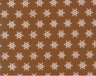 Sugar Plum Christmas Gingerbread 2917 19 - Moda Fabrics 100% Cotton Quilting Fabric Bunny Hill Designs