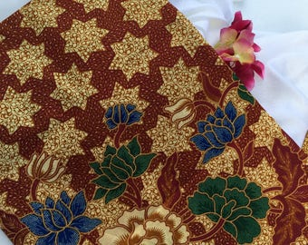 Dhia - Authentic Malaysian Hand Painted Batik (Brownish Red)
