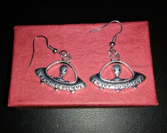"1.25"" Antique Silver Dangling Alien Spaceship Extrateresstrial UFO Earrings"