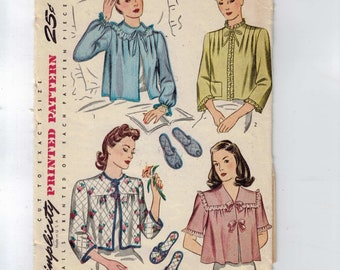1940s Vintage Sewing Pattern Simplicity 4756 Misses Bed Jacket and Slippers Bust 34 40s
