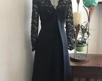 Vintage Oleg Cassini Black Tie Ladies Formal Dress in Black -- Elegant and Stylish Size M