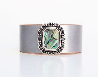 Leather Cuff Bracelet in Hand-Dyed Silver + Obling Abalone Accent - Boho Chic Festival Gypsy Mermaid Colors Made in the South