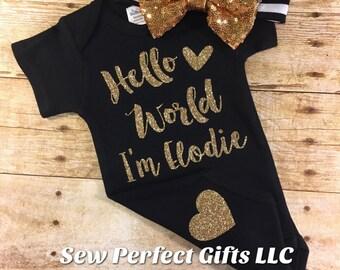 Hello World Persnalized bodysuit, Glitter Bodysuit, Heart Hello World, New Baby, Baby Shower Onesie