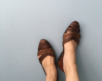 90s Brown Leather Weave Flats//Off Campus//10B