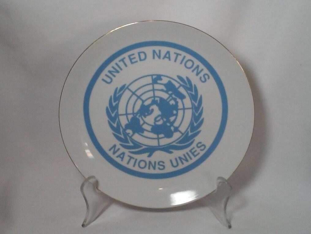Vintage Collectible Plate United Nations Logo Porcelain Plate 8.5  Decorative Plate U.N. Souvenir & Vintage Collectible Plate United Nations Logo Porcelain Plate 8.5 ...