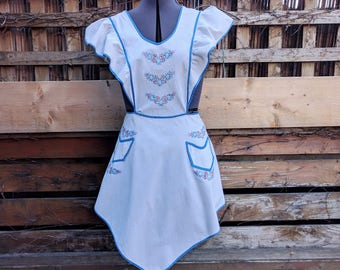 Vintage 1940's hand embroidered white with blue edging full ruffled apron pinafore