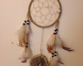 Dream catcher with wire wrapped agate and geode chunk