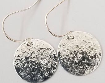 Raw Silk Hammered Dangle Earrings silver 59, brass 29