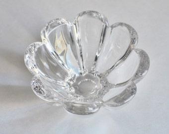 Vintage Glass Round Scallop Bowl