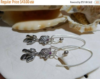 ON SALE Sterling Silver Movable Unique Fish Dangle Earrings w Ruby Eyes 2.83g