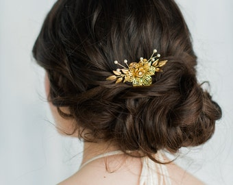 Gold Bridal Hair Comb, Gold Headpiece, Flower Comb, Wedding Headpiece, Gold Pearl Comb, Pearl Hair Piece, Floral Headpiece, Twig Comb, ELENA