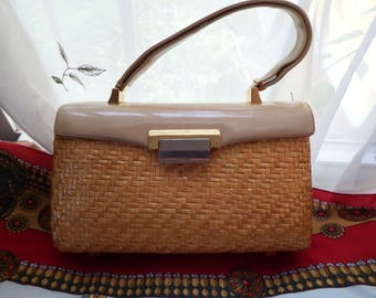 1950's Koret Coated Wicker Handbag Patent #3552292 Beautiful with Much Detail
