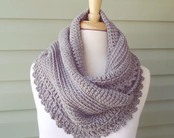 SALE / Chunky Infinity Scarf Cowl, Circle Scarf, Grey Gray Linen Blue - Ready to Ship