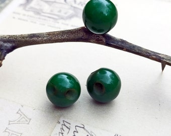Vintage Buttons Bakelite Ball Buttons Forest Green Buttons Repurposed Upcycle Jewelry Sewing Buttons Craft Buttons - 3 buttons - B183