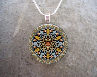 Celtic Jewelry - Glass Pendant Necklace - Celtic Decoration 33