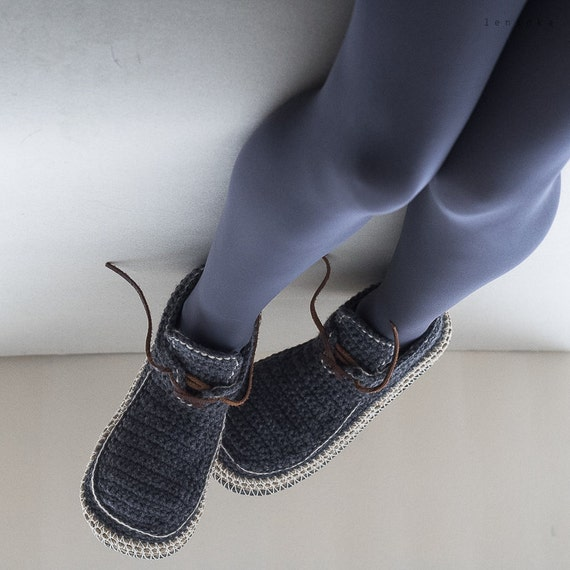 house shoes slippers with leather sole in dark gray and cream
