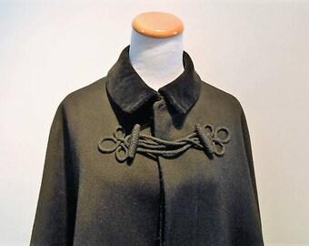 Antique Black Heavy Wool Gentlemen's Cape Detroit Regalia Company, c. 1910