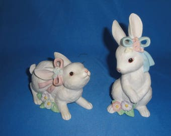 Easter Bunnies- Pair