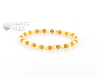 Baltic amber bracelet, Adults Amber Bracelet // 4250