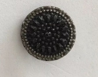Pretty Vintage Black Glass And Silver Luster Button