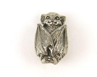 Bat Bead Silver Pewter Bat Pendant Charm Green Girls Studio Animal Jewelry Charm |S21-6|1
