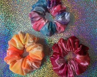 NEW!! VELVETINE Tye-Dye Hair Scrunchie