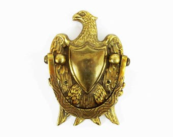 Vintage Federal Eagle Door Knocker in Solid Brass. Circa 1960's - 1970's.