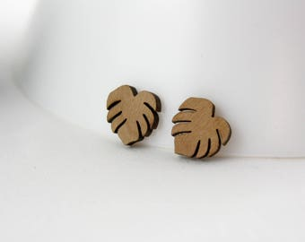 Monstera wood earrings A34