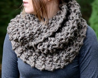 Hand Knit Sassenach Inspired Mobius Cowl in Brown Marble, Chunky Knit, Infinity Scarf, Neck Warmer Clearance! Ships today