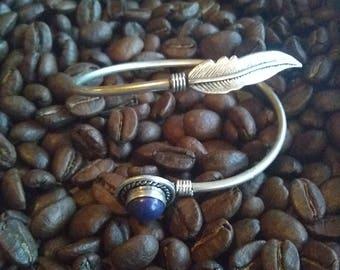 Lapiz lazuli feather brass bracelet