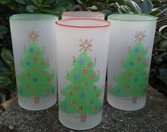 RARE Vintage Culver Style Christmas Tree, Frosted Glass, Red/Green Trim Water Tumblers/Glasses, Barware, Glassware, Christmas