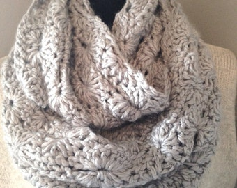 Pale Gray Chunky Infinity Scarf Soft  Endkess Loop Circle Scarf