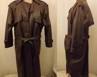 80's Men's Full Length Leather Trench Coat.  Size 40