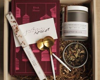 Bleak House Gift Box (wooden box not included)