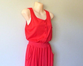 Vintage 80s Jumpsuit Playsuit One Piece Romper / High Waist Harem Fit / Skinny Taper Leg / 1980s Hipster All in One / Red Knit / XS S