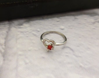 Vintage Silver Tone Heart Ring with Red Stone, Vintage Jewellery, Vintage Ring, Valentine's Gift, Signet Ring