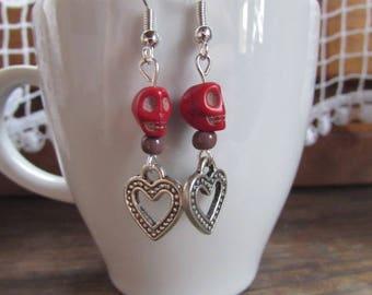 """Earrings """"love"""" skull, heart, metal silver."""