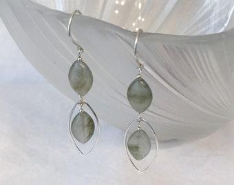 Garden quartz dangling earring handmade with silver wire