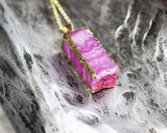 Gold Dipped Magenta Agate Crystal Druzy Necklace Gold / Gypsy Soul