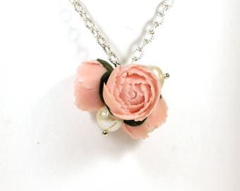 Peony necklace, Peony pendant, Gift for her, Pearl necklace, Bridal necklace, Bridesmaids, Peony wedding, Pearl choker, Nature lover gift