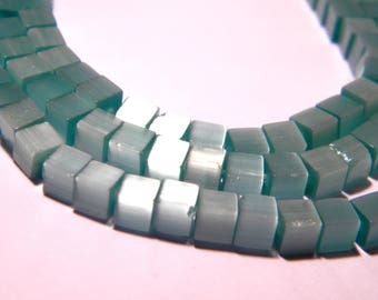 30 cat - eye glass beads cube 4 mm blue sky-PG155-1