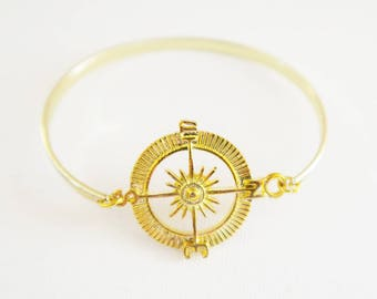 Travel Inspired Wanderlust Gold Compass Bangle for Travel Lovers