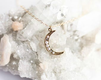 Crescent Moon Necklace | Moon Necklace | Gold Moon Necklace | Moon Phase Necklace | Moon Pendant | Celestial Jewelry | Moon Jewelry <Z6>
