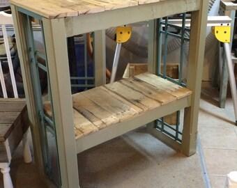 Bar, Potting bench, tall table