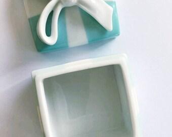 Tiffany blue porcelain box