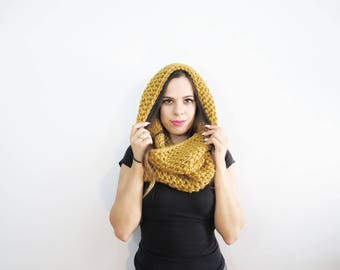 chunky hood scarf. gold scarf. crochet cowl scarf. yellow cowl. chunky scarf. circle scarf. infinity scarf. womens scarf. winter hood cowl.